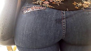 Milf Amazing Ass In Jeans