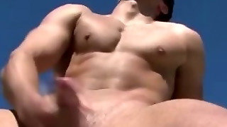 Horny Naughty Muscle Hunk Gets Nasty In Swimming Pool