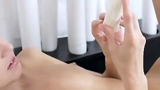Litlle Gina Gerson Showing Pussy