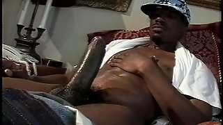 Solo Man Jerks Off To Youporn  Pt2/2