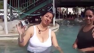 Nepali Aunty With Big Boobs Bathing In Pool And Talking
