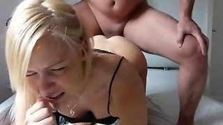 Amateur Blonde Teen From Xhamster Give Me Her Ass..