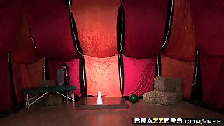 Brazzers - Shes Gonna Squirt - Nora Noir Vero