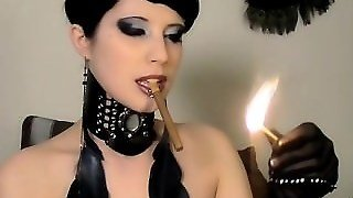 Brookelynne Briar Smokes A Cigar And Fuck Her Pussy With A Dildo