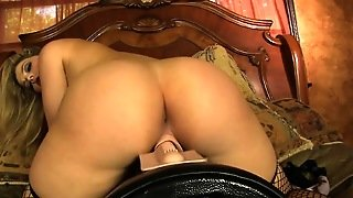 Hot Pornstar Playing Rough In Solo