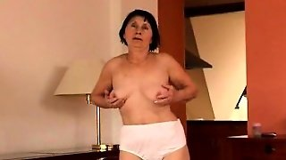 Horny Mature Mom Maria Drives A Dildo In And Out Of Her Hairy Snatch
