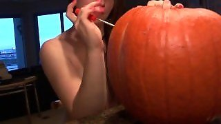 Naked Pumpkin Carving Brunette With Perfect Clam