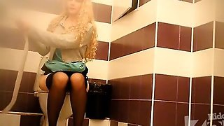 Stockings Solo, Stockings Hd, Hd Stockings, Pantyhose Solo Hd, Pantyhose Peeing, Houseguest, Spy Cam Amateur, Fetish In Pantyhose, Panty Hose Fetish, Amateur In Pantyhose