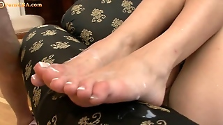 Foot Fetish With Hot Teen