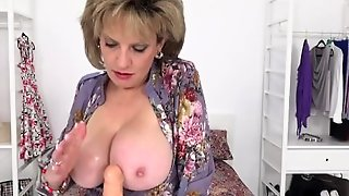 Lady Sonia Role Plays With Dildo