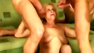 Granny Loves Cum Threesome