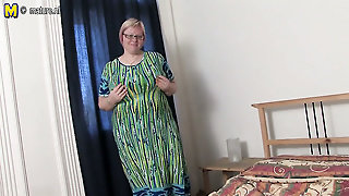 Huge Breasted Mature Mother Going Wild