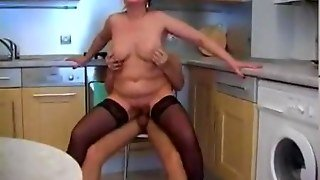 Sex With Mature 18