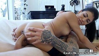 Veronica Rodriguez In Latina Heat - Exotic4K Video