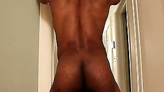 Strong Muscled Ebony Dude Jerking Off