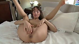 Big Dildo For Tight Pussy