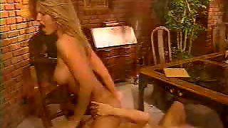 Lovely Lesbian Pussylicking Blondes