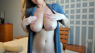 Milf With Big Tits Live On