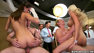 Pornstars Crash The College Party Fuckfest Di11386