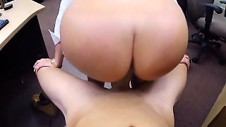 Big Butt Amateur Nailed At The Pawnshop