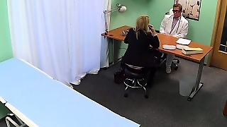 Saleswoman Fucked In Fake Hospital