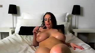 Curvy Brunette With Big Tits Toys Her Pussy