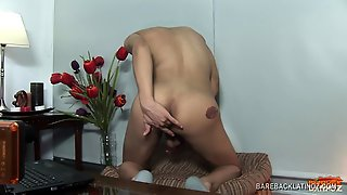 Latin Twink Etienne Beating Off
