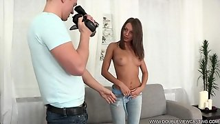 Perfect Action With Attractive Amateur