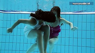 Hotly Dressed Teens In The Pool
