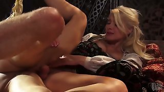 Anikka Albrite Finds Her Nice Face Covered