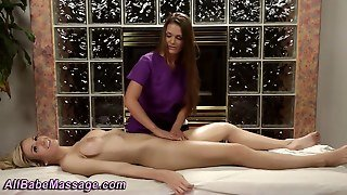 Hottie Gets Pussy Massage