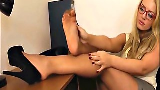 Secretary Nylon Feet