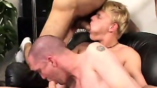 Naughty Gays Sharing Russ\\'s Impossible Cock On The Couch
