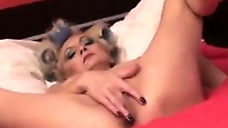 Granny Fingering Her Old Pussy
