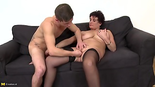 Young Man Fingers And Fucks Her Hairy Mature Cunt