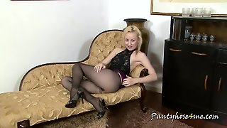 Perfect Tits In Nylons