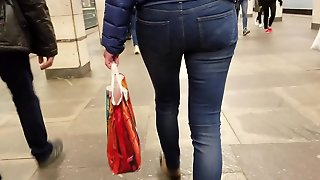 Ass In Classic Tight Jeans