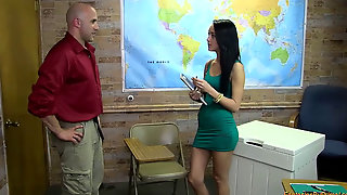 Sabrina Banks The Tutor