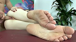 Erotic Feet - Hardcore Feet 077