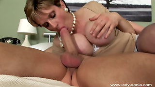 Lady Sonia - Stretch Me Hard