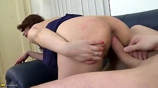 Big Cock Doggystyle Sex With A Lovely Milf