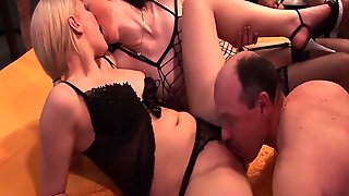 Horny Chicks In Real Gangbang