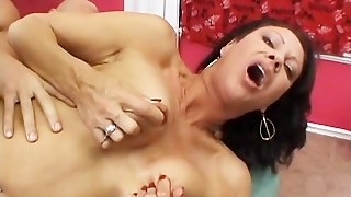 Hot Milf Vanessa Show Her Hairy Pussy