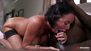Slutty Mature Mom Wants To Experience The Power Of A Bbc