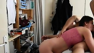 Fine Ass Amateur Girlfriend Gives Blowjob