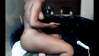 Ebony Solo Squirt On Webcam