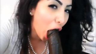 Kim Kardashian Look Alike Sucking Black Cock