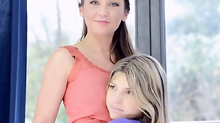 Julie & Gina Gerson Lesbian Real Love Home Made Bts
