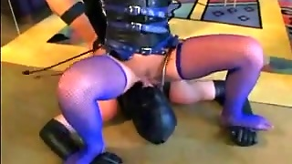 Femdom Facesitting And Smothering
