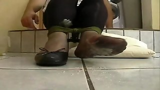 Nylon Waxed Feet